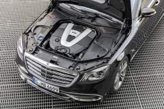 Mercedes-Maybach S 650; 2017; V12-Motor, 463 kW(630 PS), 1.000 Nm;Kraftstoffverbrauch kombiniert: 12,7 l/100 km; CO2-Emissionen kombiniert: 289 g/km*Mercedes-Maybach S 650; 2017; V12 petrol engine, 463 kW(630 PS), 1,000 Nm;Fuel consumption combined: 12.7 l/100 km; CO2 emissions combined: 289 g/km*