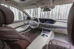 Mercedes-Benz S 400 d 4MATIC, designo mokkaschwarz metallic, Leder Exklusiv Nappa mahagonibraun/seidenbeige;Kraftstoffverbrauch kombiniert: 5,2 l/100 km; CO2-Emissionen kombiniert: 135 g/km*Mercedes-Benz S 400 d 4MATIC, designo mocha black metallic, exclusive nappa leather mahogany brown/silk beige;fuel consumption combined: 5.2 l/100 km; combined CO2 emissions: 135 g/km*