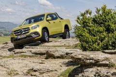 Mercedes-Benz X-Klasse – Exterieur, Limonitgelb metallic, Ausstattungslinie PROGRESSIVE Mercedes-Benz X-Class – Exterior, limonite yellow metallic, design and equipment line PROGRESSIVE