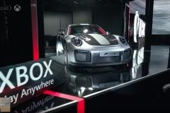 Porsche-911-GT2-RS-10