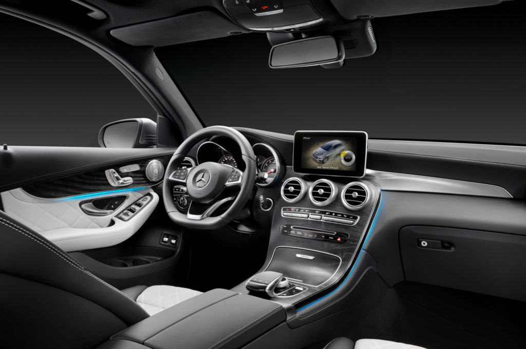 2016-mercedes-benz-glc-class-4matic-interior1