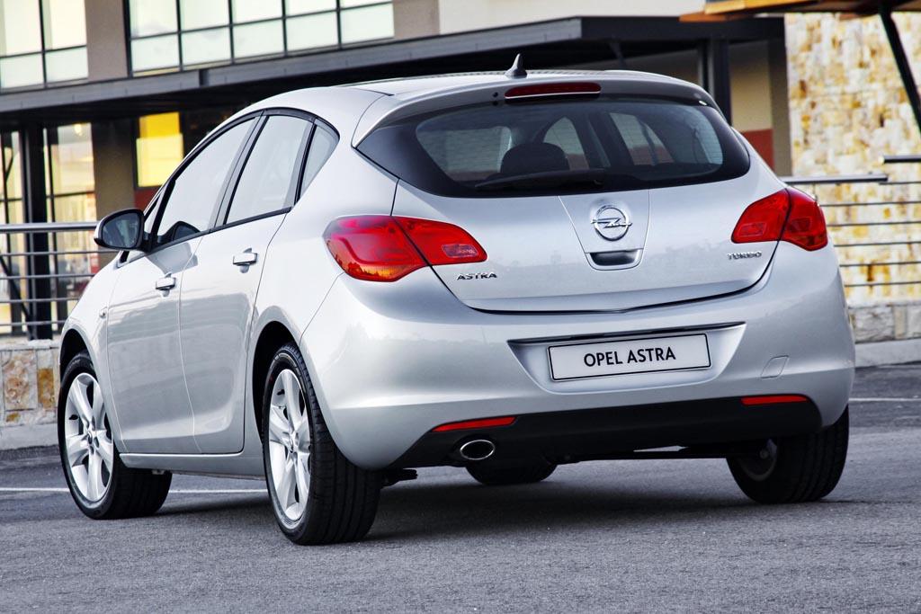 Opel Astra IV 1.4 T Enjoy хэтчбек, 2012