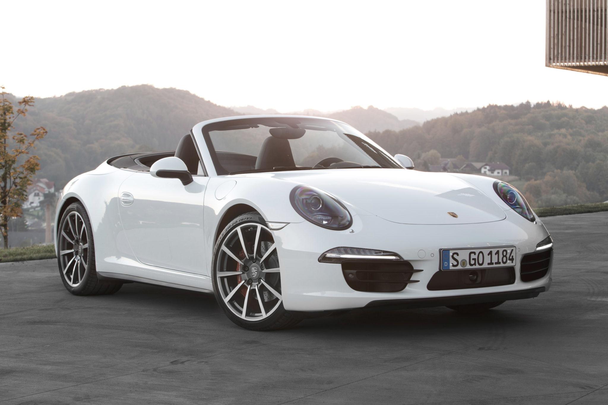 Кабриолет Porsche 911 Carrera Cabriolet описание модификации технические характеристики фото видео