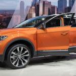 Volkswagen T-Roc 2018: обзор,технические характеристики,30 фото,видео,габариты,цена,комплектация.