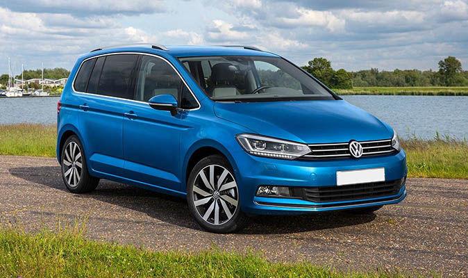 Volkswagen touran: обзор,технические характеристики,салон,дизайн,фото,видео.