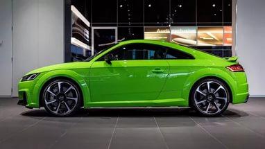 Audi TT RS 2017: обзор,технические характеристики,салон,дизайн,фото,видео.