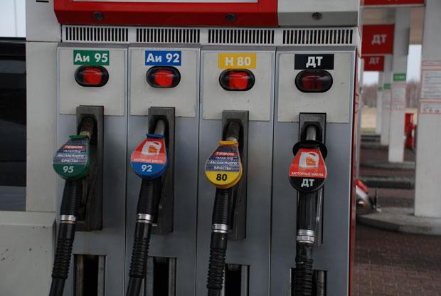 Автомобильный бензин АИ 95 или АИ 92: какой лучше для автомобиля?