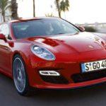 2017  Porsche Pajun: обзор,описание,двигатели,фото,видео.