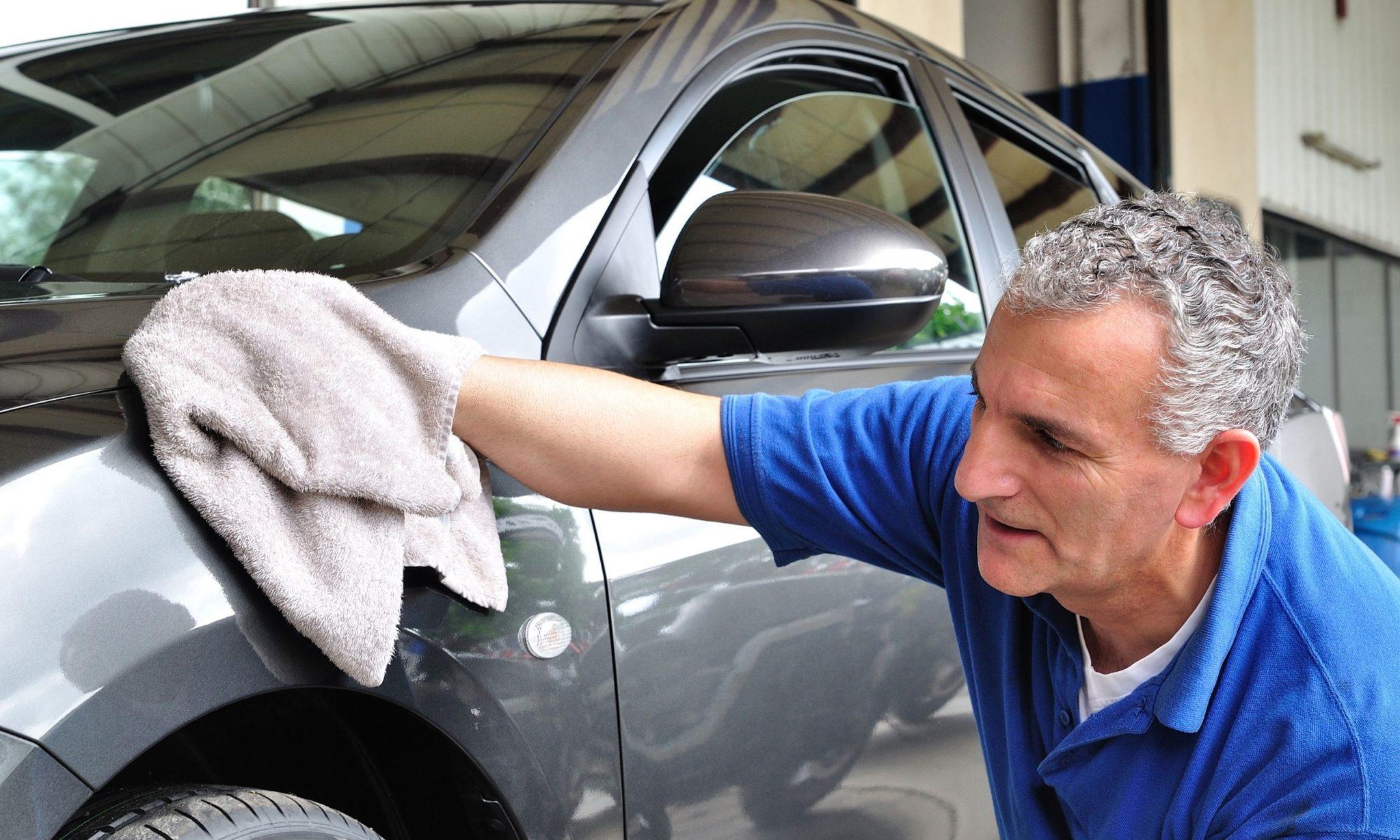 Как правильно мыть машину в домашних условиях без царапин