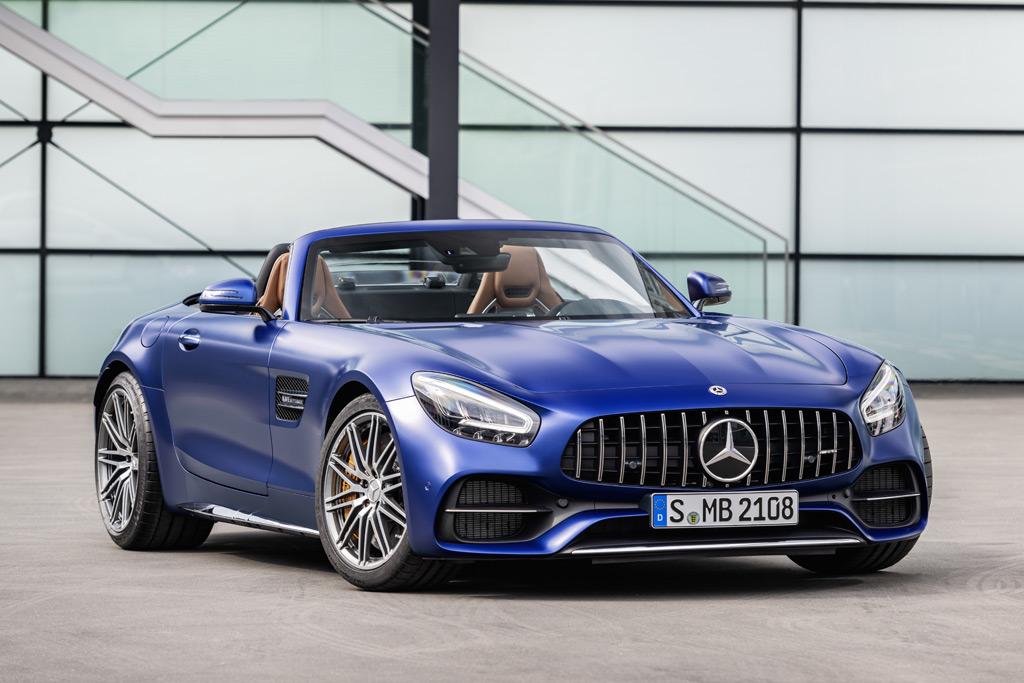 Mercedes-AMG GT и AMG GT R PRO 2019 года :описание,обзор,фото,характеристики