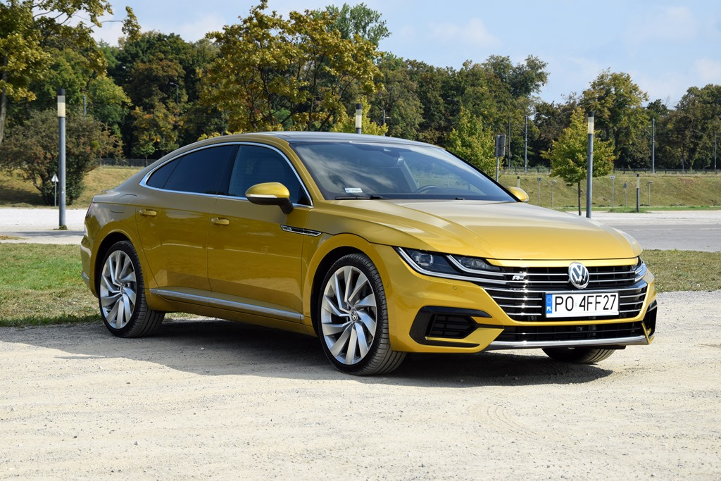 Volkswagen Arteon R-Line — тест драйв,салон,двигатель,фото