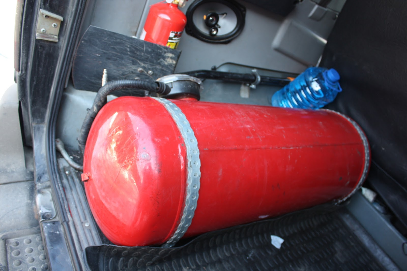 Газобаллонное оборудование для авто: описание,принцип работы,регистрация.