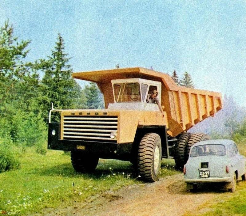 Автотехника на архивных фотографиях из СССР