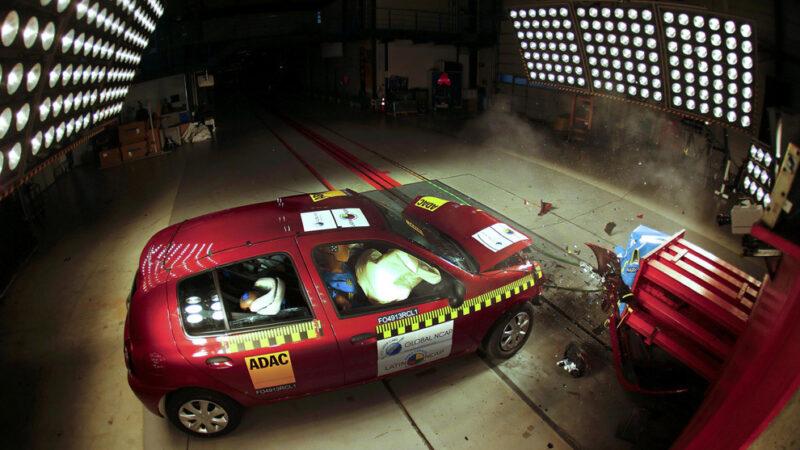 Как проходят краш-тесты автомобилей в Германии