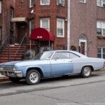 Свежая подборка старых автомобилей на улицах Нью-Йорка