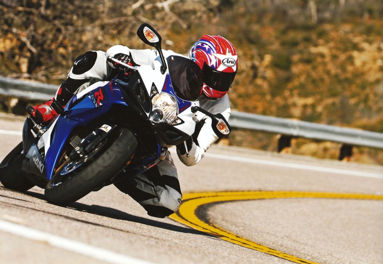 Самое основное о мотокуртках: виды экипировки и правила выбора