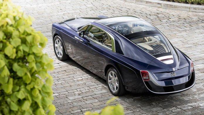 Обзор 10 самых дорогих машин мира на 2020 год