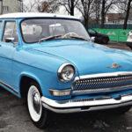 Житель Беларуси по имени Станислав реставрировал и переделал автомобиль ГАЗ-21 (17 фото)