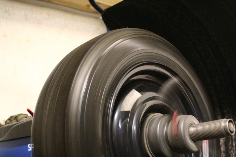 Балансировка колес: что это такое и для чего она нужна