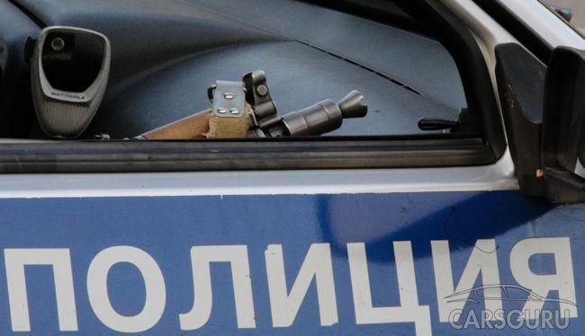 Госдума разрешит полицейским вскрывать машины