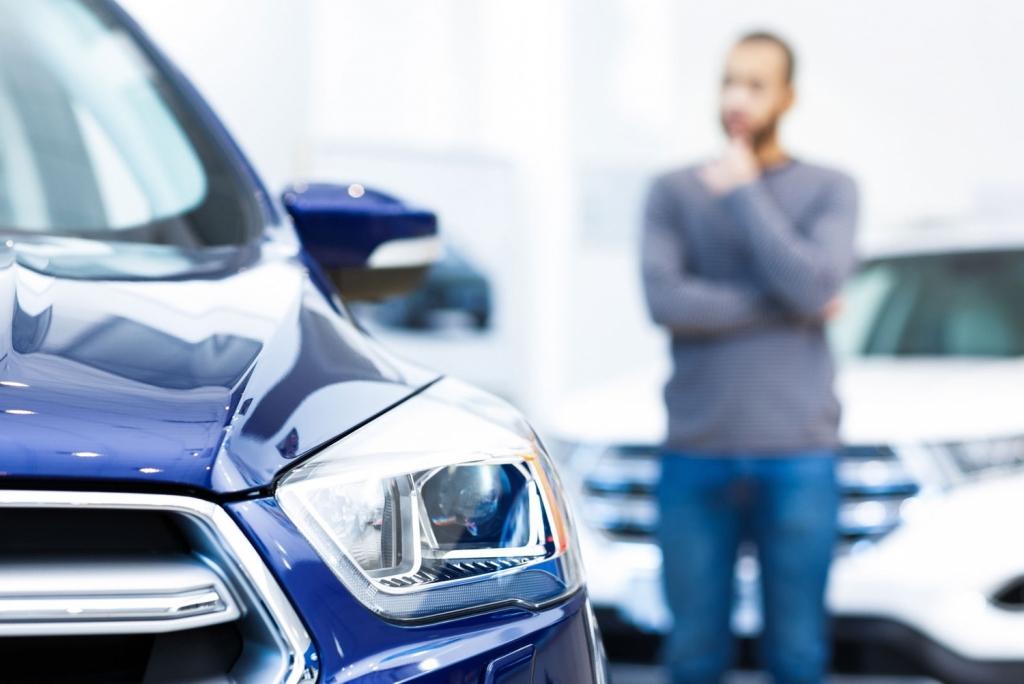 Какие авто из топ-15 российских онлайн-продаж подорожали больше всего