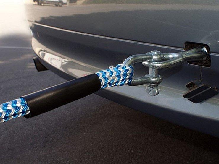 Почему трос смертельно опасен при буксировке машины