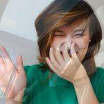 10 причин неприятного запаха в машине