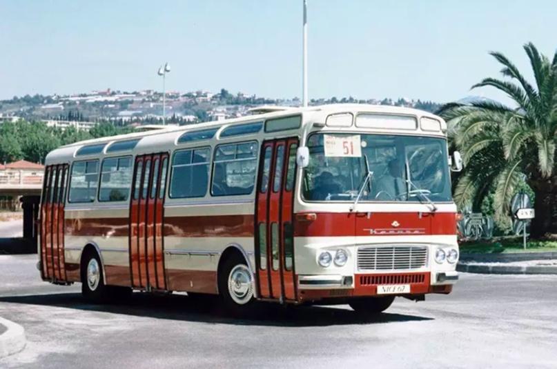 12 невероятно красивых автобусов из СССР и дружественных стран