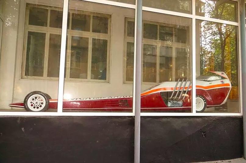 Шесть автомобилей для заездов на ускорение, построенных в СССР