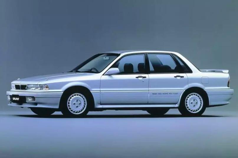 Самые популярные автомашины которые пригоняли из-за границы в Россию в 90-х